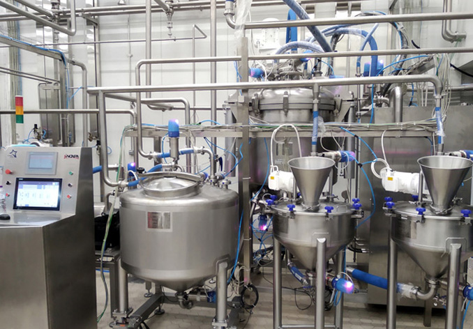 Plant for batch production of mayonnaise sauce