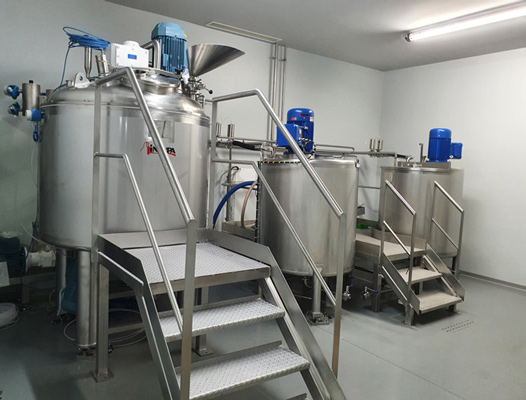Hydroalcoholic gel manufacturing equipment
